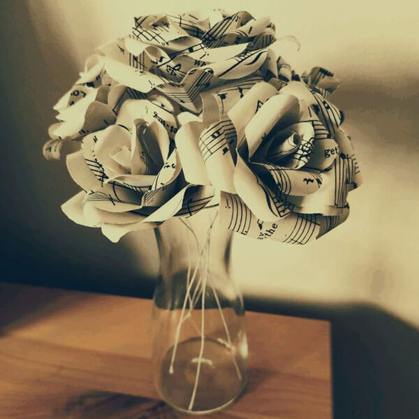 Paper-Roses-For-Valentines-Day