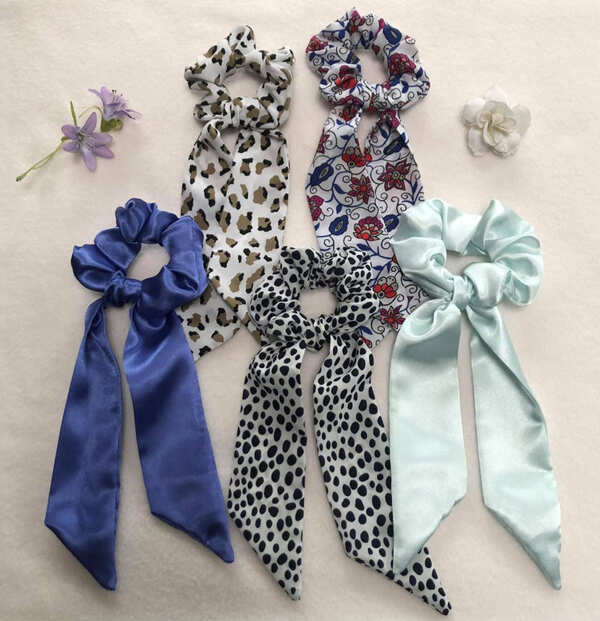 Upcycled-Cloth-Hair-Scrunchie-Scarf