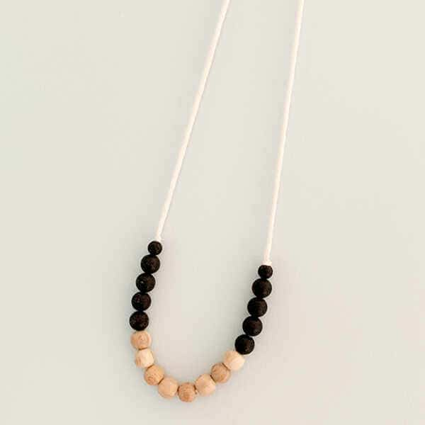 Aspen-and-Maple-Eco-Friendly-Teething-Necklace